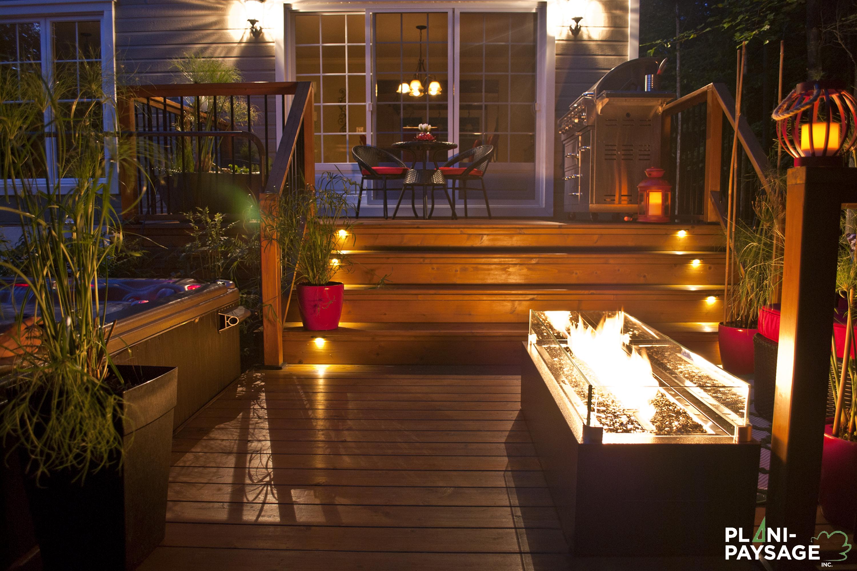Terrasse en bois avec clairage paysager - Eclairage terrasse exterieure ...