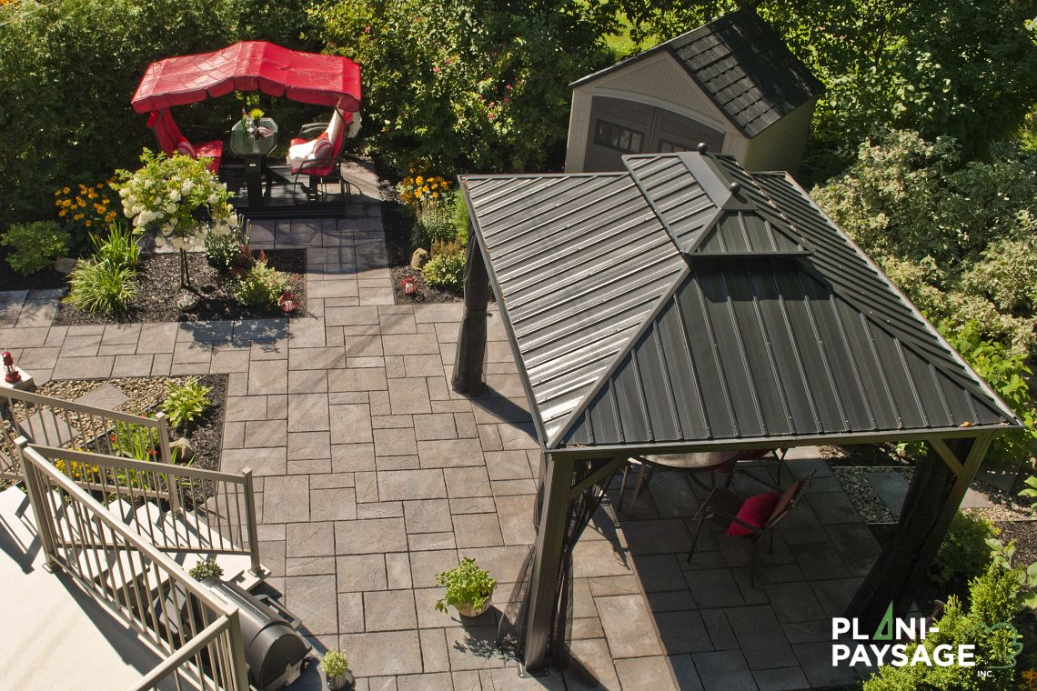 Petit jardin de ville en milieu urbain plani paysage for Petit jardin de ville