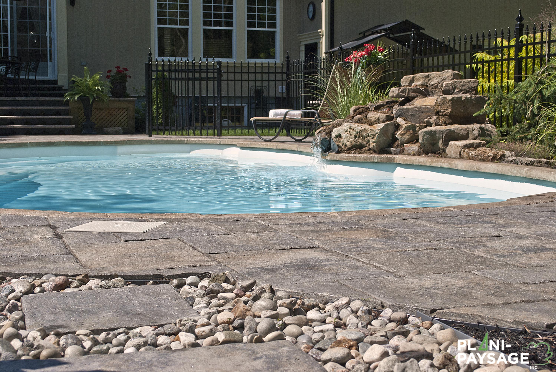 Am nagement piscine creus e monocoque plani paysage for Amenagement piscine