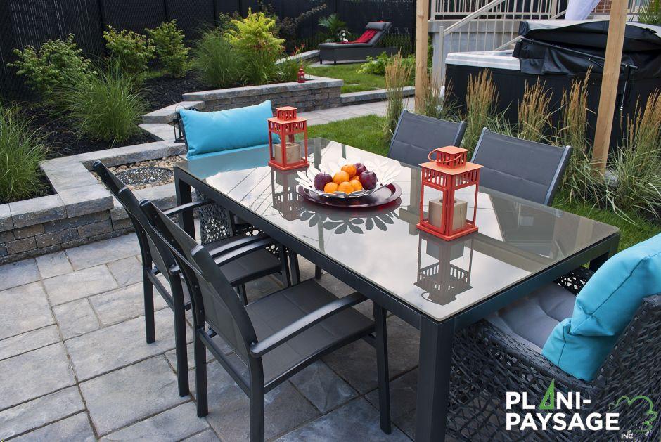 patio coin repas extérieur