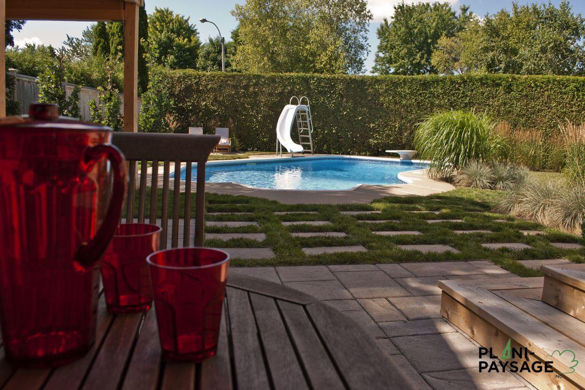 Int gration d 39 une piscine creus e existante plani paysage for Amenagement exterieur piscine creusee