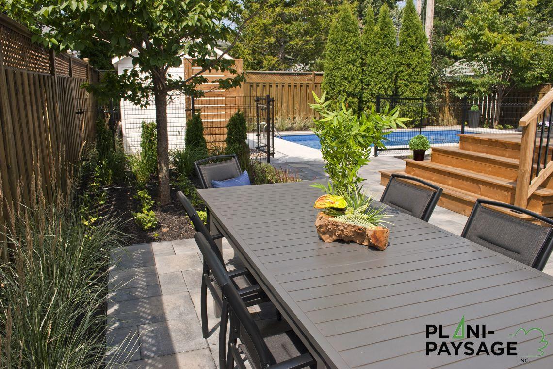 espace repas ext rieur avec vue piscine plani paysage. Black Bedroom Furniture Sets. Home Design Ideas
