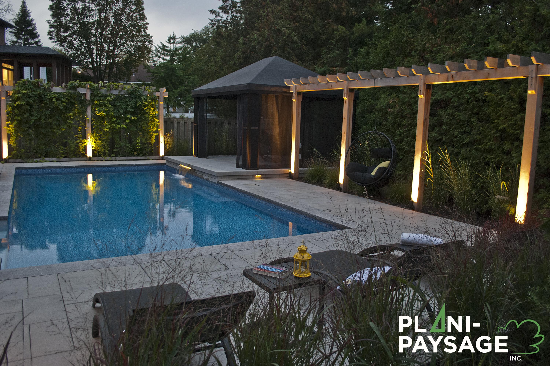 am nagement autour piscine creus e plani paysage. Black Bedroom Furniture Sets. Home Design Ideas